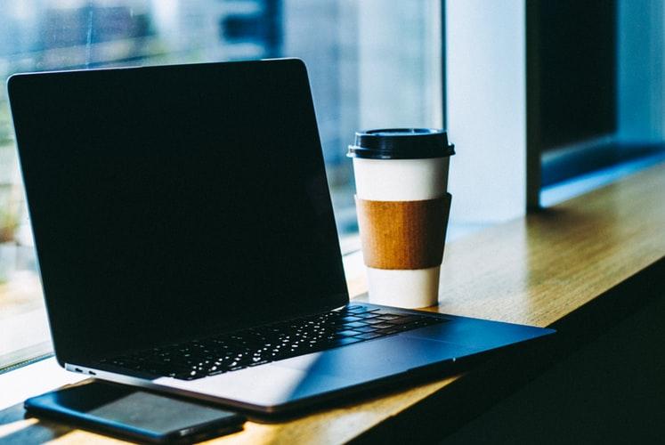 今の働きからの実態 働き方改革 ストレスフリー インターネットの時代